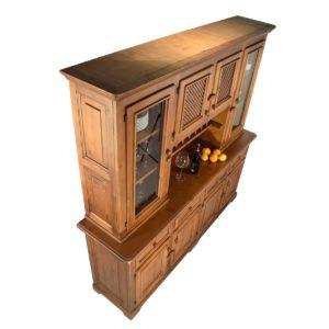 Aparador rústico de madera grande con altillo de puertas