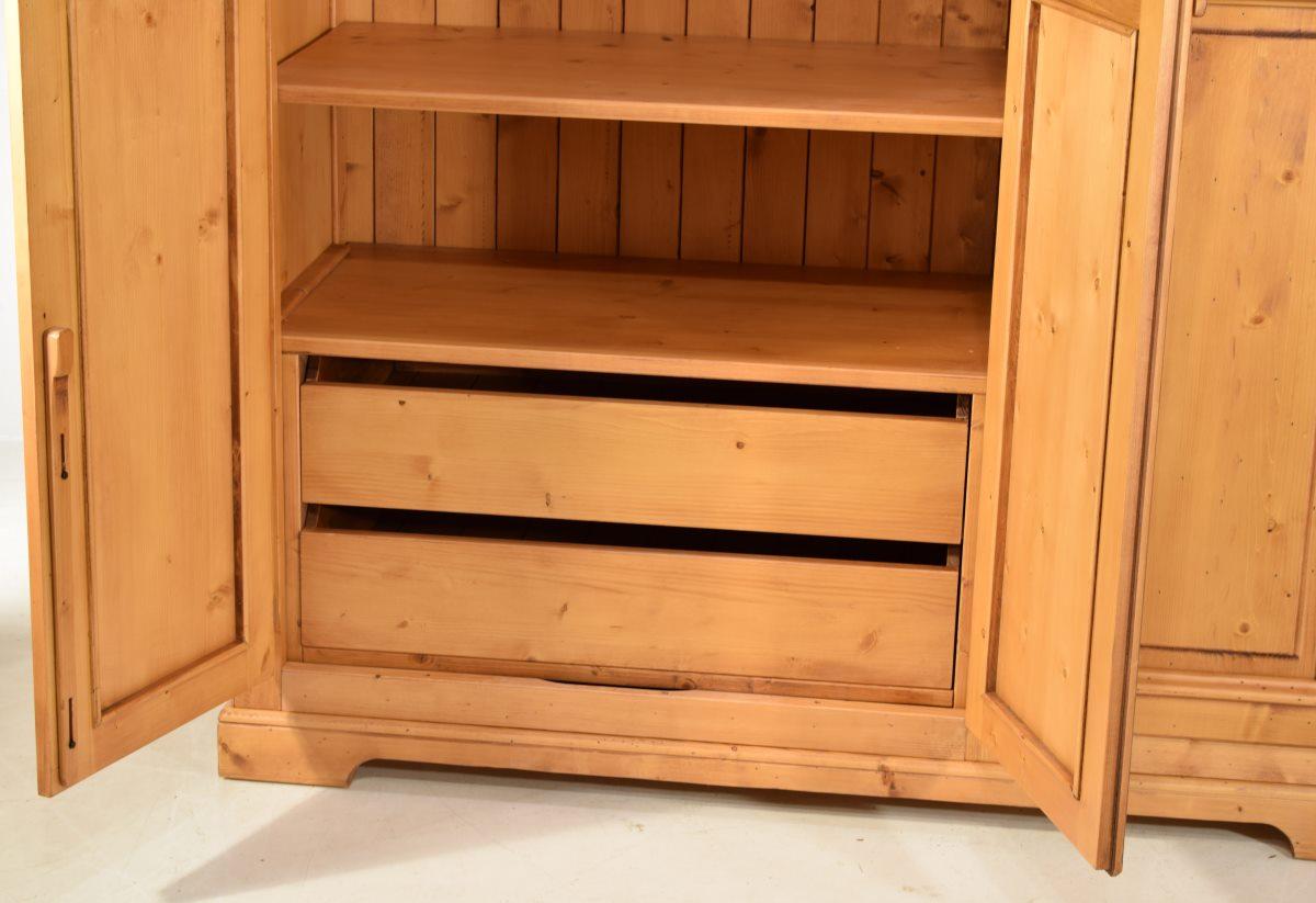 Servicios Del Armario Nequi ~ Armario rústico de madera en tres puertas Ecorústico