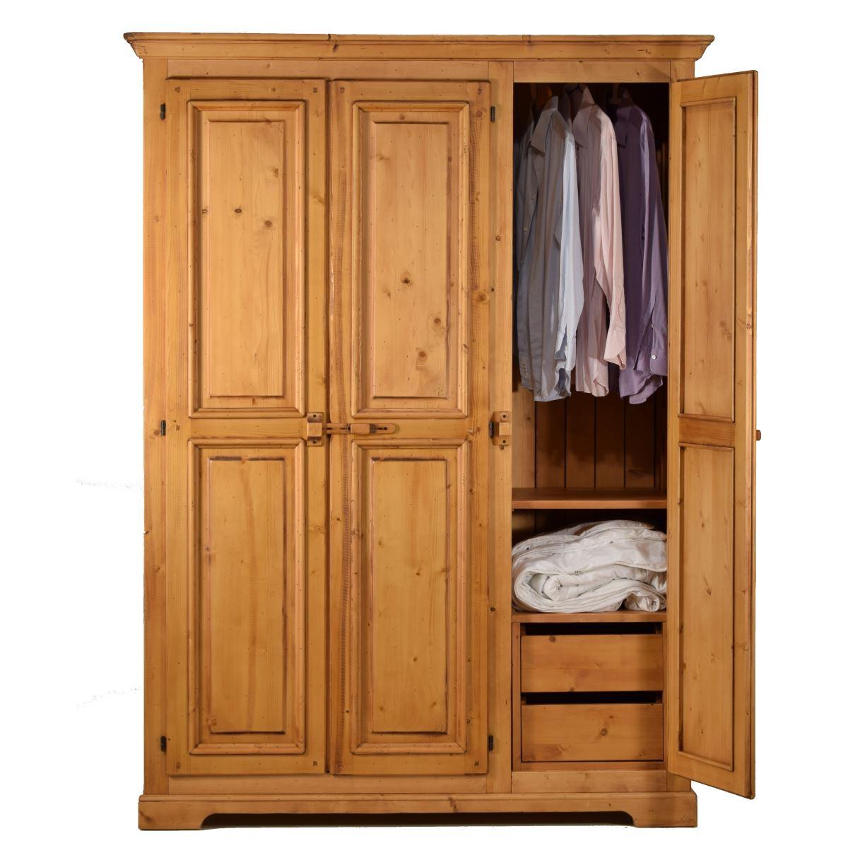 Armario r stico de madera en tres puertas ecor stico for Armarios de madera baratos